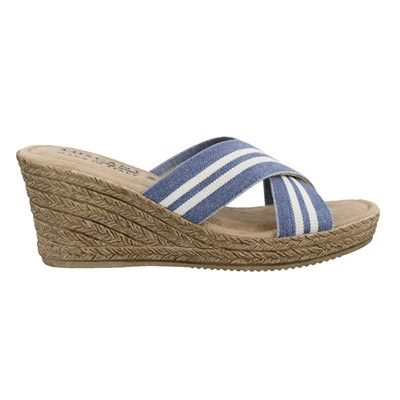 Women's Easy Street, Malone Wedge Sandal