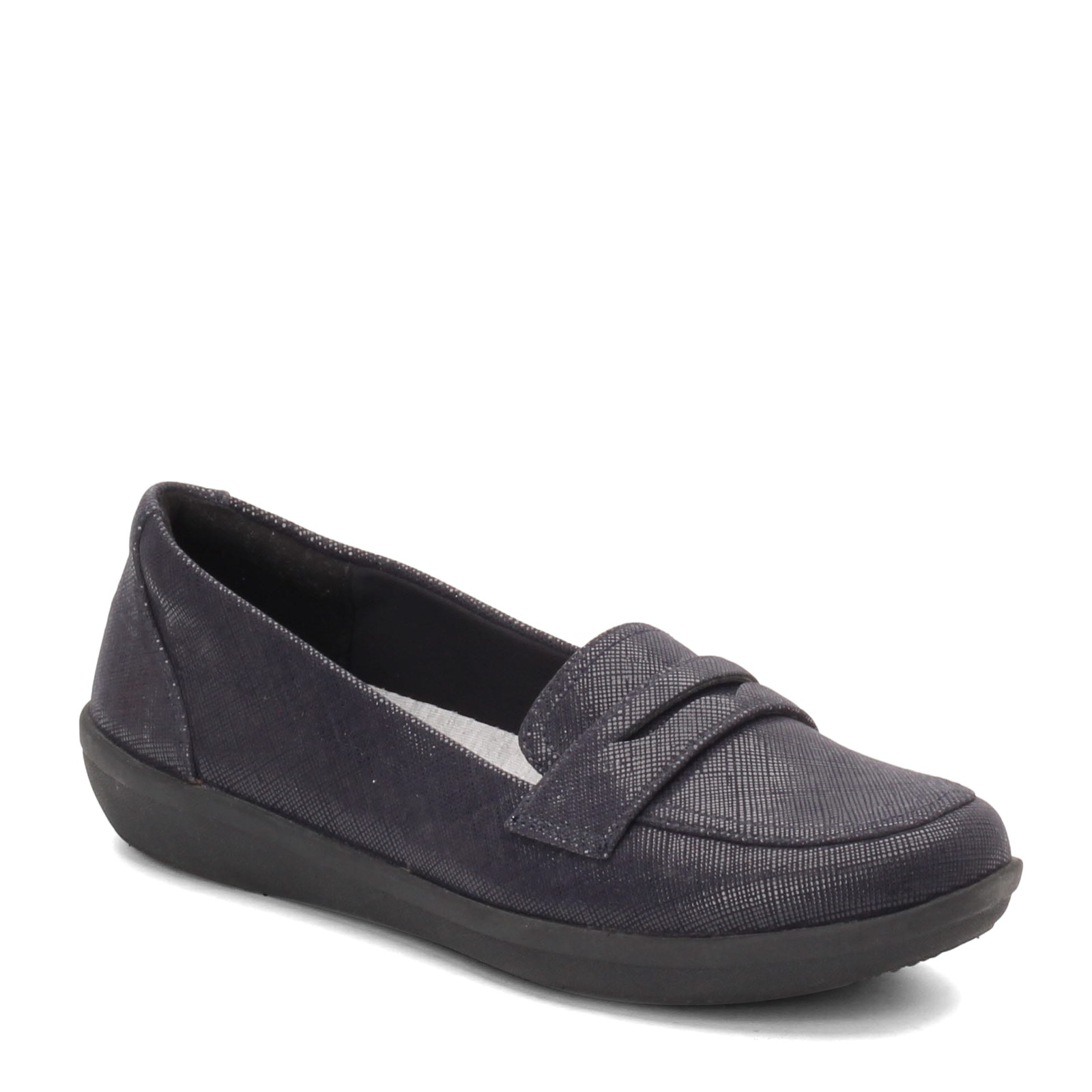 ladies casual slip on shoe Clarks Ayla Form