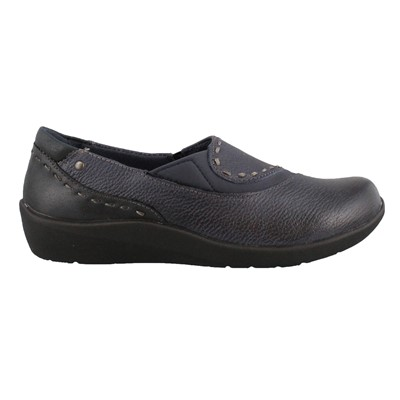 Women's Earth Origins, Leona Slip on Shoes