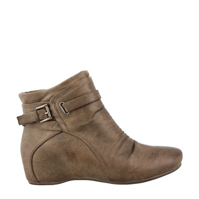 Women's Bare Traps, Sheigh Ankle Wedge Booties