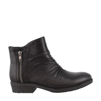 Women's Bare Traps, Yuno Ankle Boots