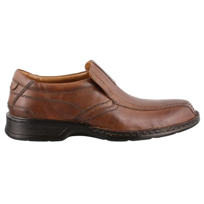 Men's Clarks, Escalade Step Slip on Dress Shoe